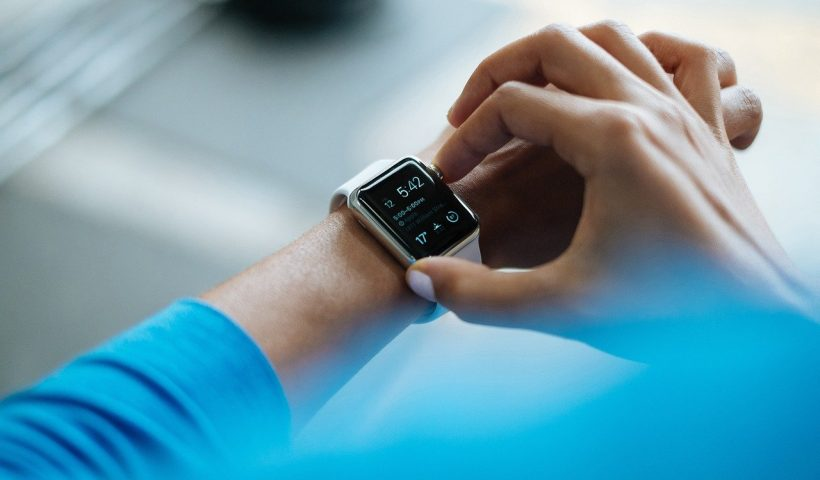 Image of smart watch 'wearable' device